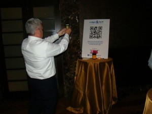 Robbs demonstrates the new L&Q QR